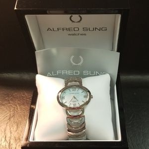 Mother of Peral silver watch